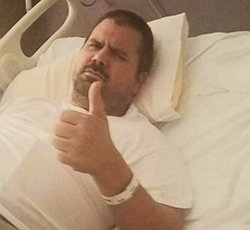 brain injury thumbs up in hospital